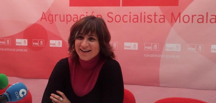 Raquel Medina en sede socialista