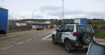Una mujer de 37 años sufre heridas graves en un accidente en Peraleda