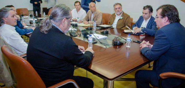 Vara se reúne con el comité de empresa de CNA